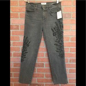 We The Free People Women's Jeans 27 raw hem (J47)
